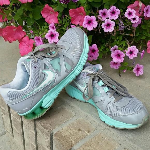 Nike Reax Rocket 2 Women S Shoes